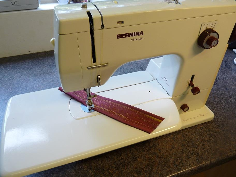 Bernina 40 New Used Sewing Machines From The Sewing Machine Box Unique Bernina 807 Sewing Machine